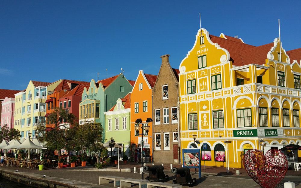 Eine Liebeserklärung  an die Farben: Curaçao